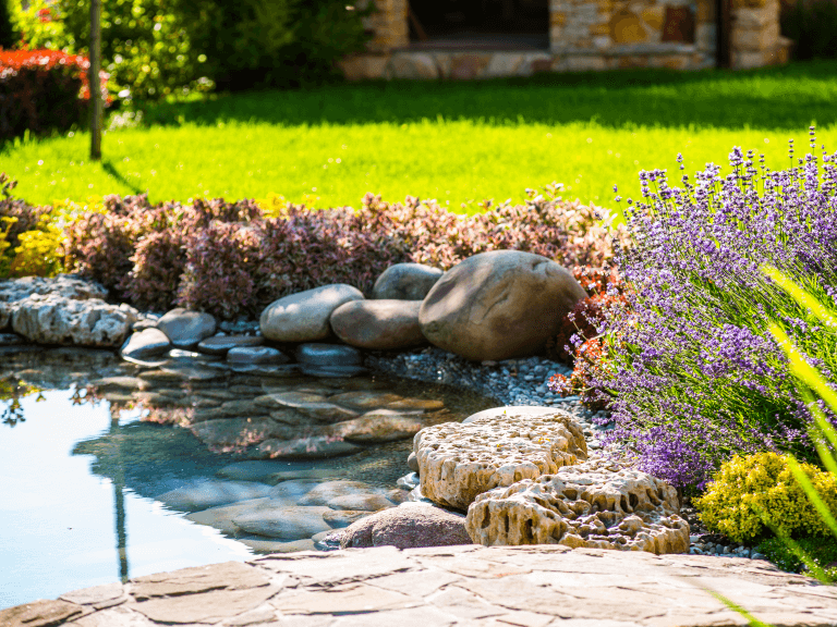 landscaping tips to boost your home's curb appeal