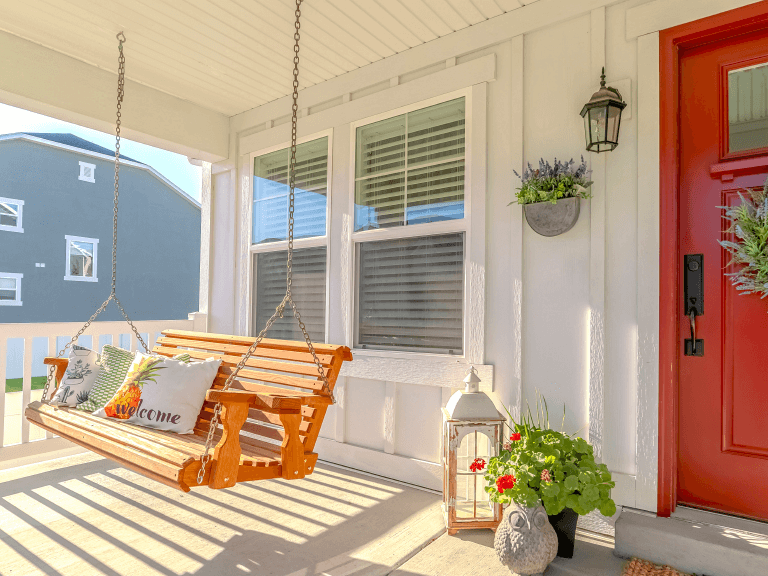 front porch decorating tips for elevating your home's entryway