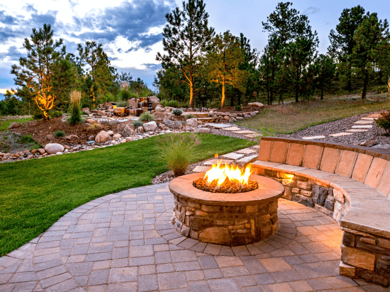 how to design an outdoor living space for all seasons